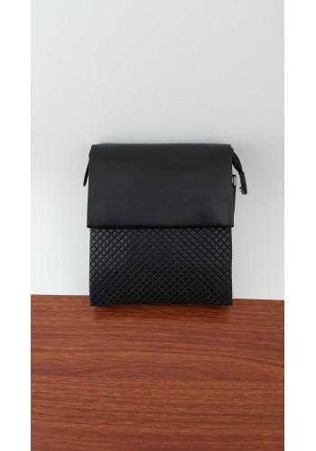 S 6001-13 Мъжка чанта от естествена кожа изчистен модел с вафлен ефект за през рамо