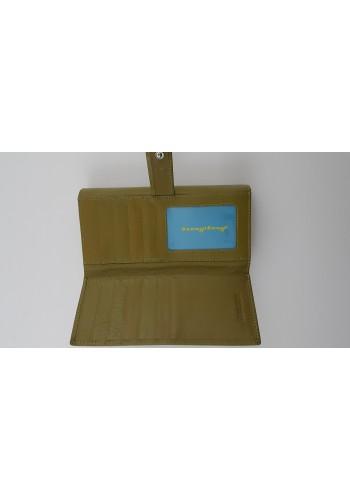 SLW 50 - Дамски портфейл от естествена кожа в светло зелено с много отделения