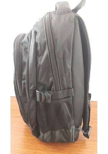 9919  Спортна текстилна раница с три прегради в черно
