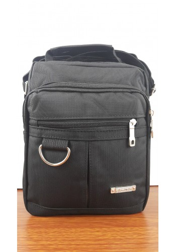 S 8820  Мъжка текстилна чанта за през рамо и в ръка от импрегниран плат в черно - универсална
