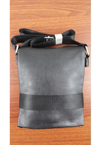 SE 1207  Мъжка чанта от висококачествена еко кожа в черно за през рамо