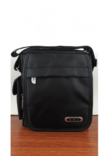 KML 6303 Мъжка текстилна чанта за през рамо от импрегниран непромокаем плат в черно