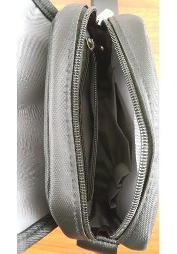 KML 6301 Мъжка текстилна чанта за през рамо от импрегниран непромокаем плат в черно