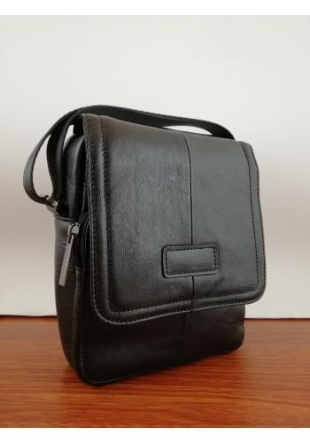 S 3071 Мъжка чанта от естествена телешка кожа изчистен модел за през рамо в черно