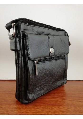 S 104 Мъжка чанта от естествена телешка кожа за през рамо в черно