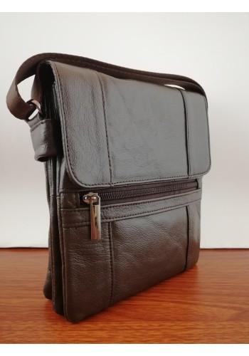 S 105 Мъжка чанта от естествена телешка кожа за през рамо в кафяво