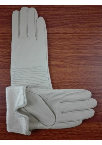 S 044  Нов модел дамски ръкавици от фина естествена ярешка  кожа в бежово