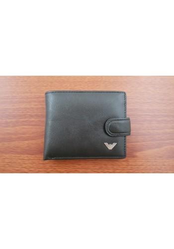 S 5005 Малък мъжки портфейл от естествена кожа в черно със закопчаване