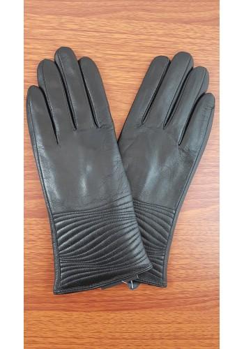 S 044  Дамски ръкавици от фина естествена кожа в черно