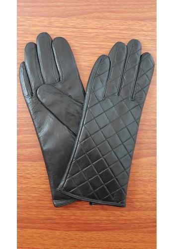 S 046 - Дамски ръкавици от естествена кожа в черно