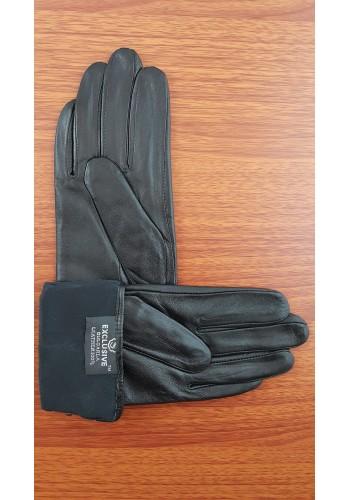 S 021 - Дамски ръкавици от естествена кожа в черно