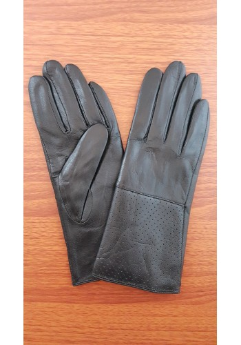 S 003 - Дамски ръкавици от естествена кожа в черно профилирани