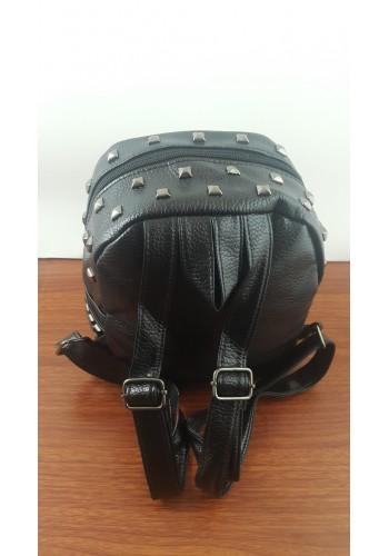 R 801-1  Дамска раница от луксозна еко кожа с капси в черно