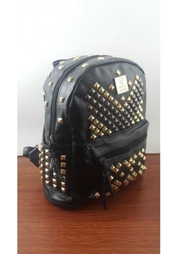 R 802  Дамска раница от луксозна еко кожа с капси в черно